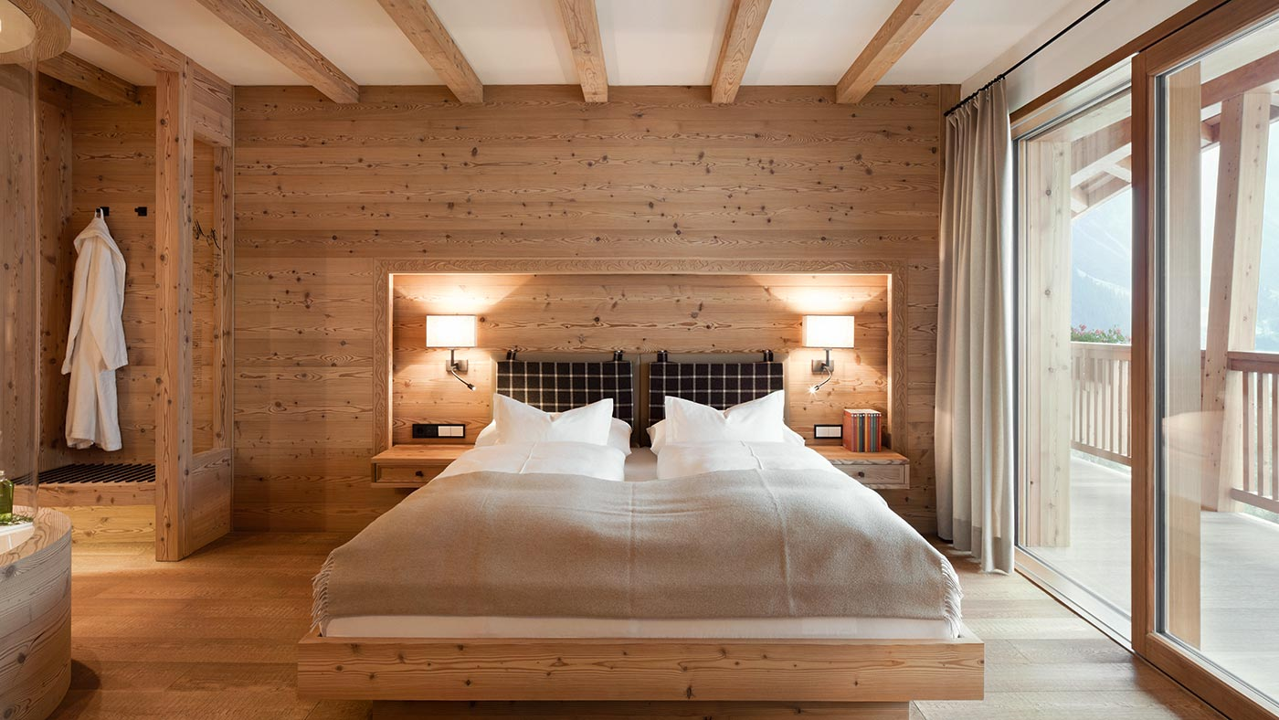 A beautiful double room at Chalet Gerard in Selva Val Gardena